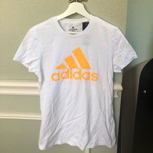 NWT! Women's Adidas The Go-To Tee size M